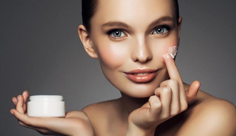 Как выбрать ночной крем для лица: ценные советы от косметологов