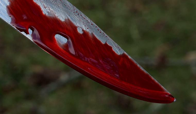 «Защищал женщин». В Челябинской области мужчина ударил мальчика ножом