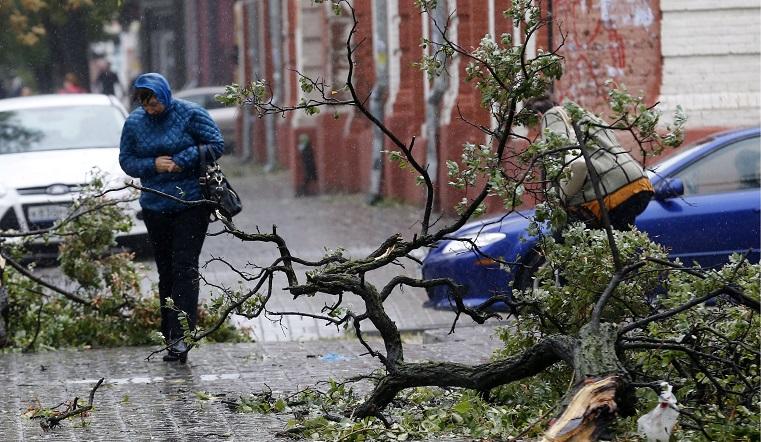 До начала урагана в Челябинской области считанные часы: синоптики прогнозируют сильнейший ветер