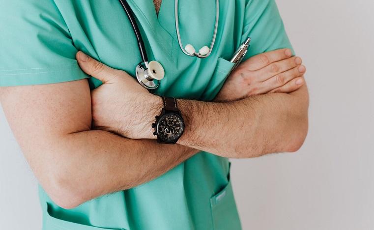 Спасительная прививка. Вакцинация от коронавируса началась на Южном Урале