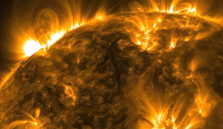 Магнитные бури 2020. Ученые предупредили о солнечном супершторме