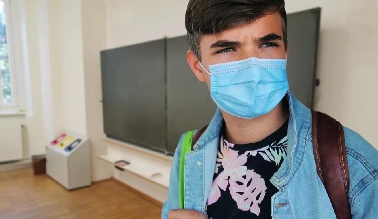 Болеют учителя и дети. Досрочные каникулы начинаются в некоторых школах Челябинской области