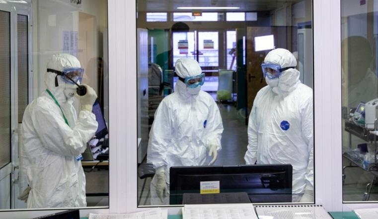 Пульсоксиметр в аптеке. Южноуральцам бесплатно измеряют уровень кислорода в крови
