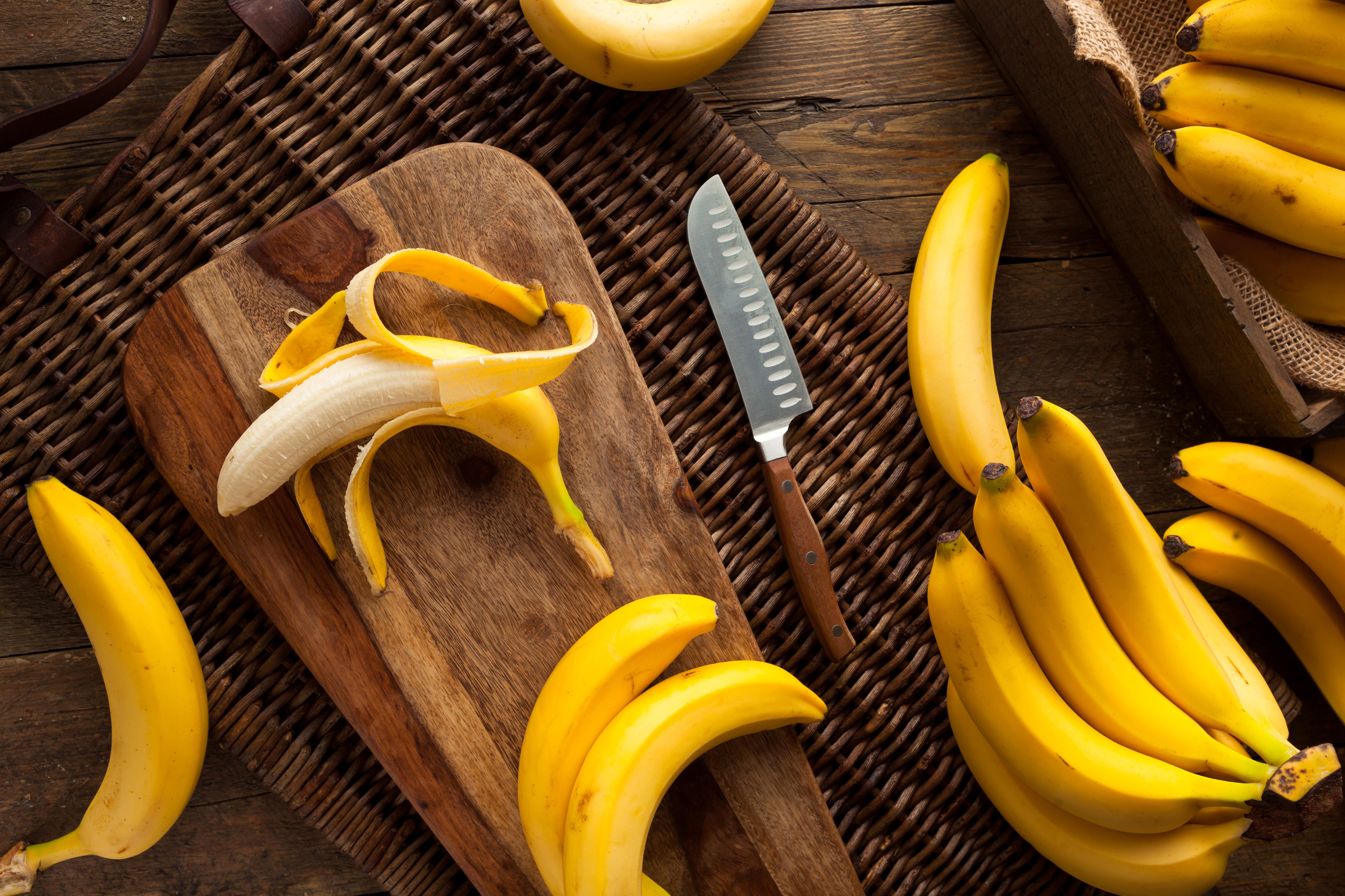 Сплошные витамины. 8 продуктов, которые можно есть с кожурой и косточками