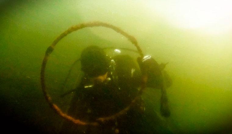 Мусорный «Титаник». Дайверы показали, что хранится на дне уральских озер