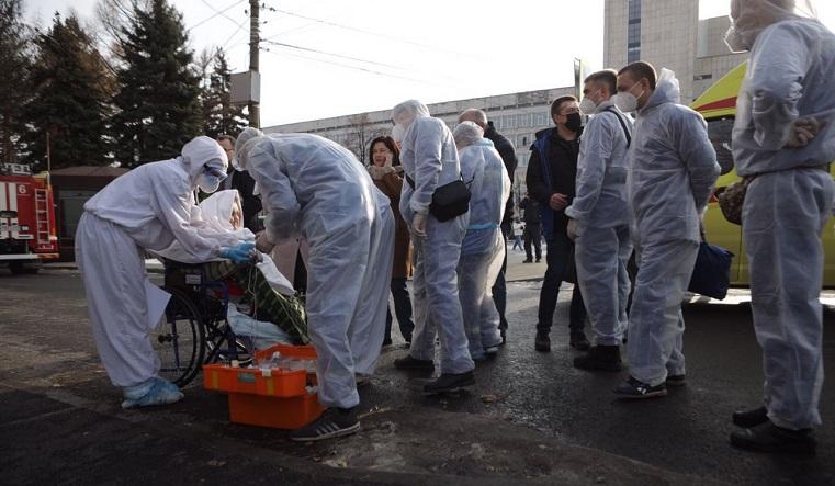 Есть тяжелые. Из больницы в Челябинске, где произошел взрыв, эвакуируют пациентов