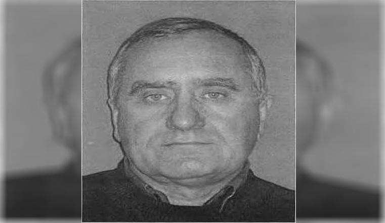Опасный дальнобойщик. На Урале разыскивают насильника и убийцу с золотыми зубами