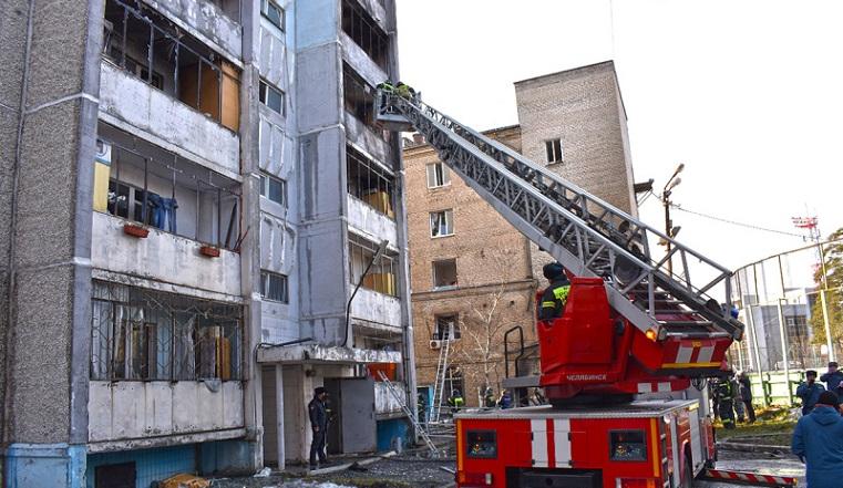 Помогут материально. Для жильцов пострадавших из-за взрыва в Челябинске домов открыли горячую линиюПомогут материально. Для жильцов пострадавших из-за взрыва в Челябинске домов открыли горячую линию
