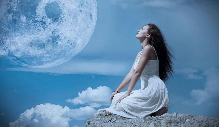 Лунный календарь на 3 октября 2020: день после мощного Полнолуния