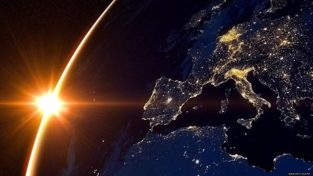 Магнитные бури 2021: на Солнце образовалось торнадо размером с 10 планет