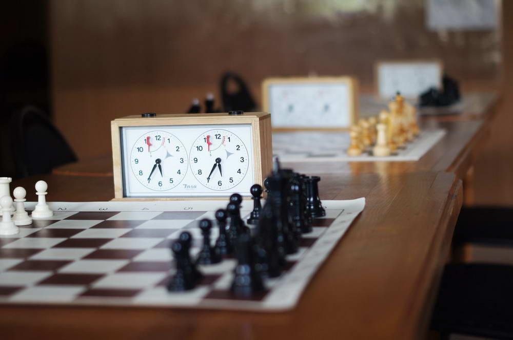 До чего техника дошла. В Челябинске прошел первый дистанционный шахматный турнир