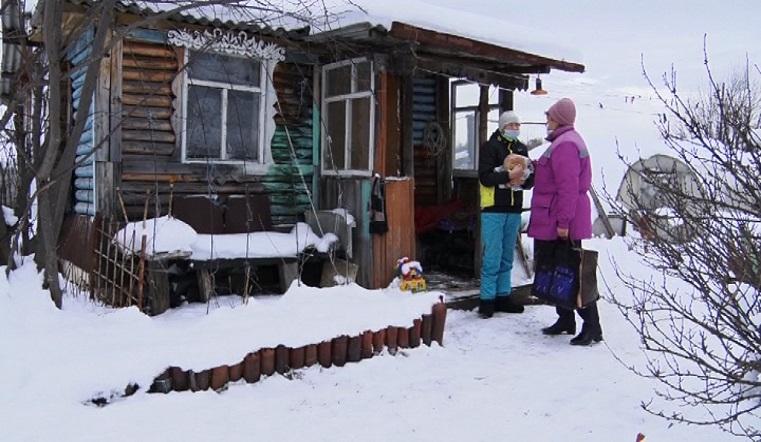 Односкельчанам – как мама. Соцработник на Урале освоила несколько профессий