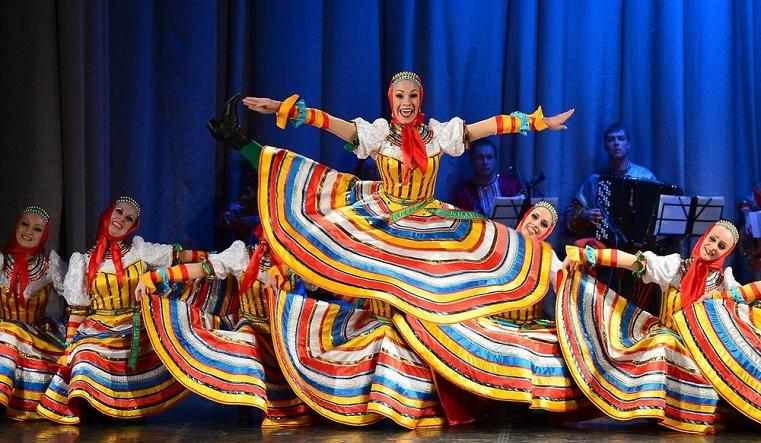 """Вокруг света. Ансамбль """"Урал"""" исполнит танцы разных народов мира"""