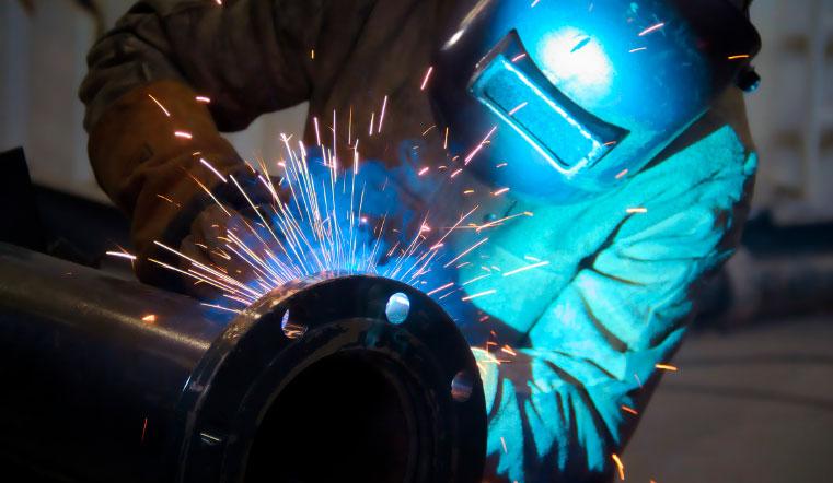 Кто потеряет работу. В Челябинской области могут закрыться до 30 % компаний сферы услуг. Рынок труда: престижные профессии