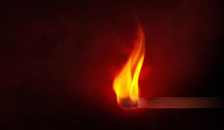 Пламенная месть. На Южном Урале мужчина поджег сожительницу