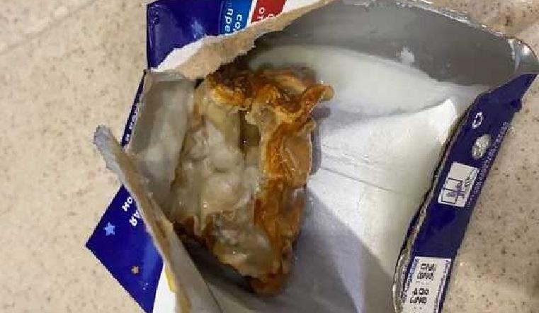 Отвратительная начинка. Гнилое нечто внутри детского питания обнаружила жительница Челябинской области