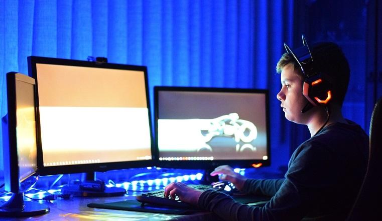 Каникулы с пользой. Особенности челябинской онлайн-платформы для школьников