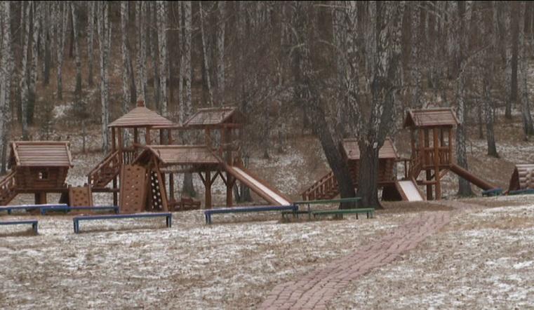 Зимняя сказка. На Урале восстановили уникальный детский лагерь