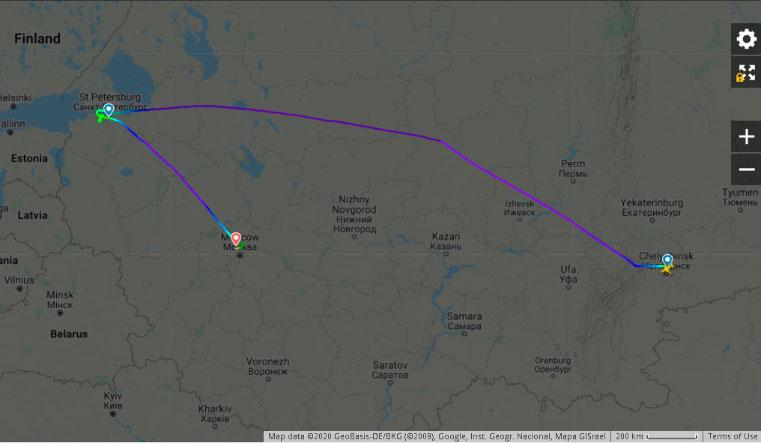 Сплошной каток. Самолет Челябинск — Санкт-Петербург не смог сесть в аэропорту Пулково. Снег в Петербурге