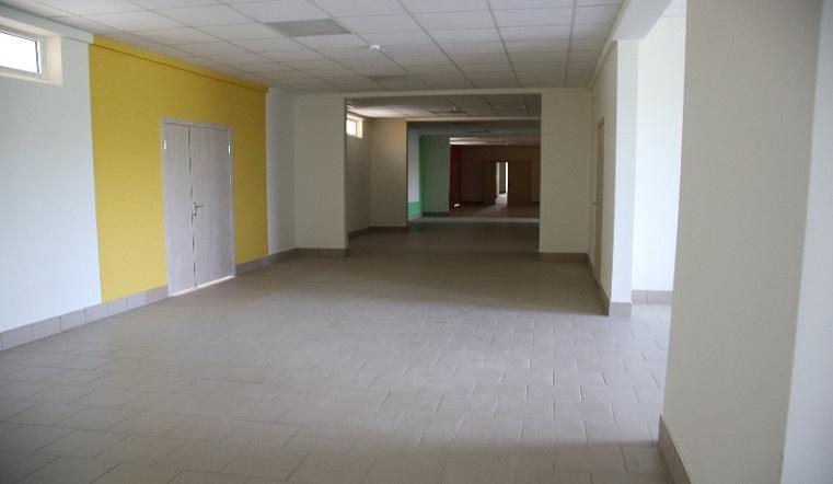 Современные классы и шаговая доступность. В поселке под Челябинском открылась новая школа