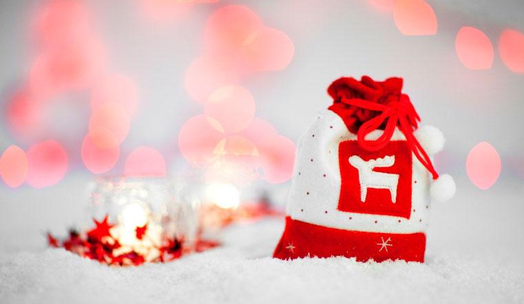 Подарки на Новый год. В Челябинской области исполнят желания тяжелобольных детей. Снеговики добряки