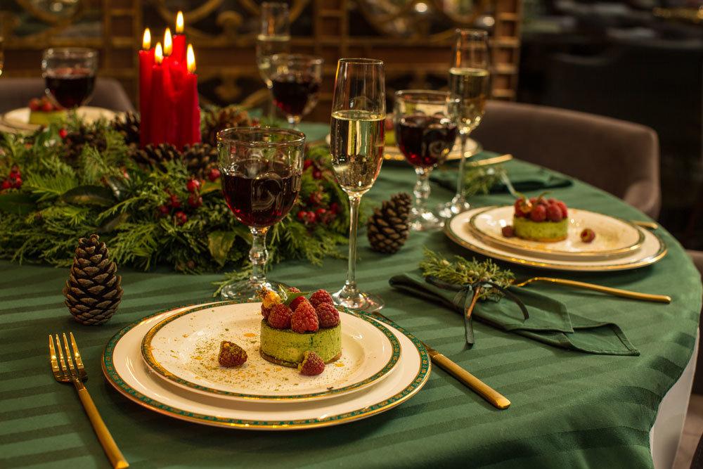 Новогодний стол 2021: польза и вред любимых блюд