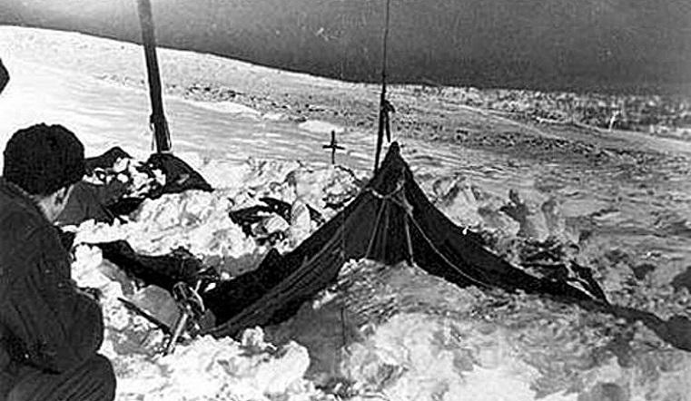 Перевал Дятлова. Загадочная гибель туристов на Урале обрастает новыми версиями