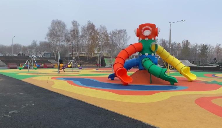 Пристанище для мамонта. Парк на Южном Урале украсила новая скульптура