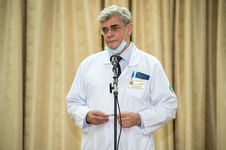 Колоссальные нагрузки. Работающих с коронавирусом врачей Челябинской области наградили за спасение жизней
