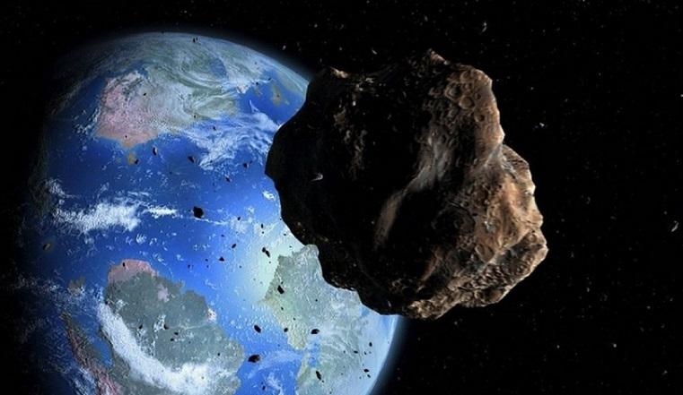 Таинственный «астероид». К Земле летит странный космический объект