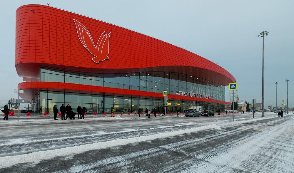 Пассажир напал на полицейского в аэропорту Челябинска