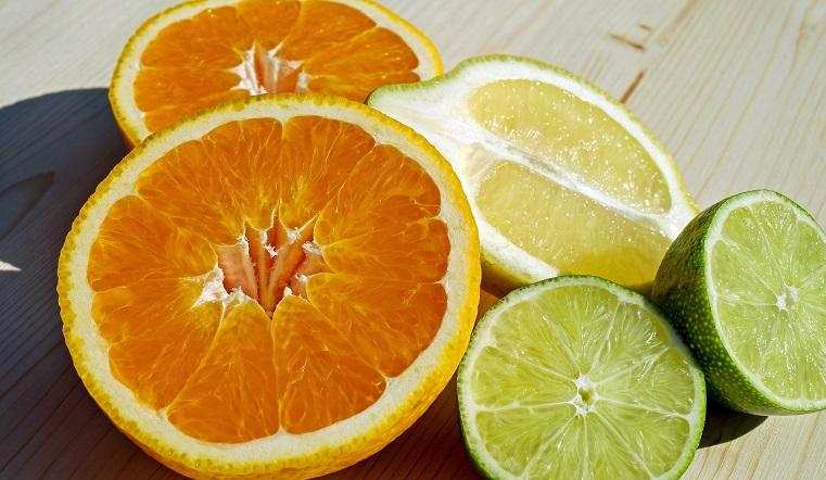 Дело в витаминах. Ученые выяснили, как снизить смертность от коронавируса