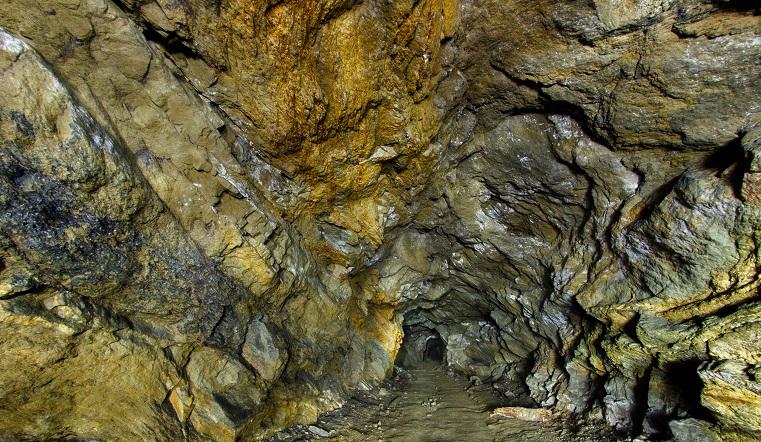 Застывшее серебро. Диггеры показали заброшенные штольни Челябинской области ФОТО