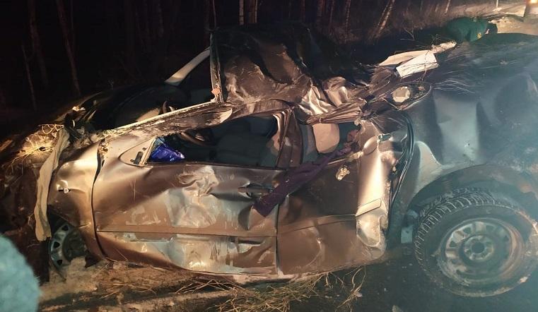 Водитель погиб, пассажирка в больнице. Подробности страшного ДТП в Челябинской области