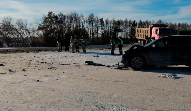 Скончались на месте. Женщина и ребенок погибли в ДТП с самосвалом под Челябинском