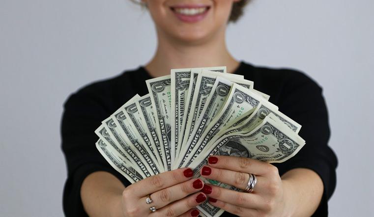 Гороскоп на 4 января 2021 года. Успех в деньгах, прощание с прошлым и роковые события