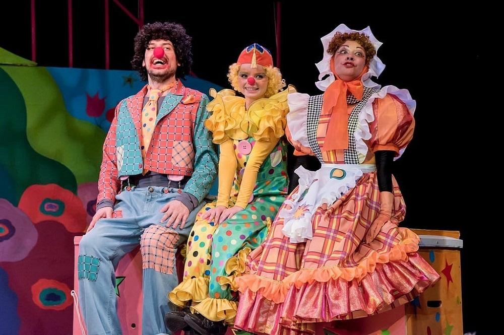 Чудо-папа: необычный спектакль поставили в Камерном театре Челябинска