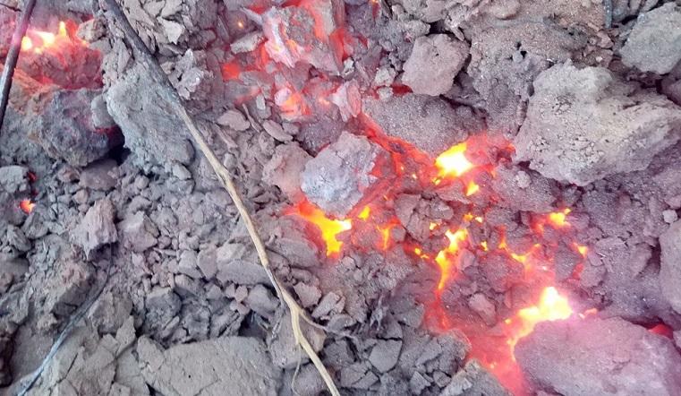 Ад под ногами. Жители Челябинской области сделали фото подземных пожаров