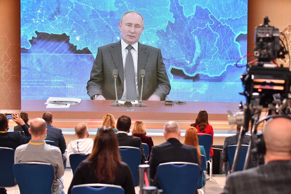 «Цены ползут вверх». Владимир Путин рассказал, как будут бороться с бедностью