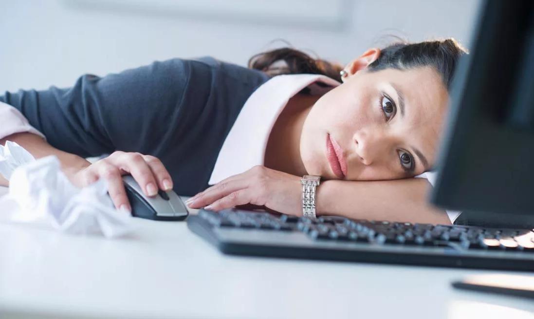 4 лайфхака как безболезненно вернуться к работе после праздников