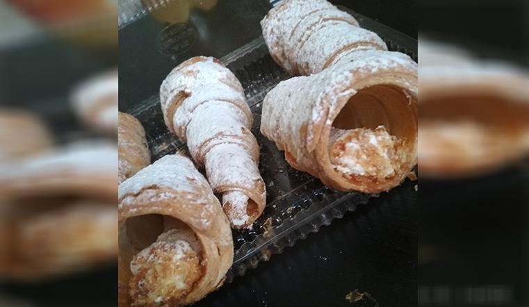 Сладости без радости. Жительнице Челябинской области продали кремовые трубочки без крема