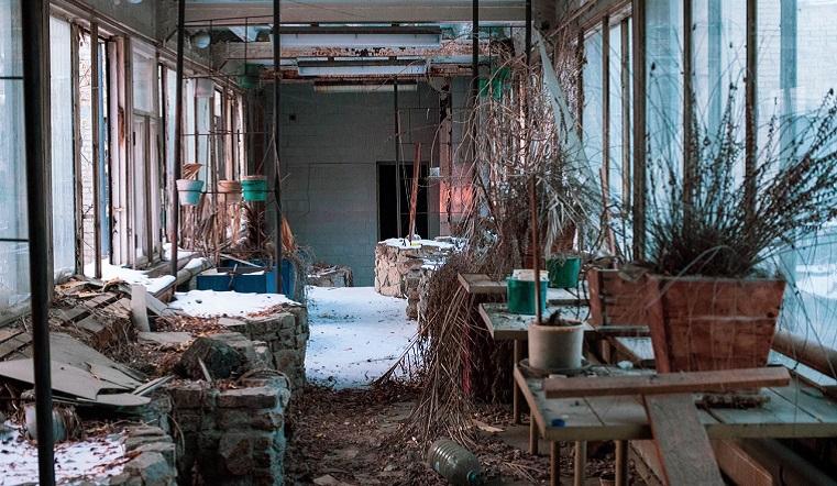 Как в компьютерной игре. Руины завода в Челябинске поразили сталкеров
