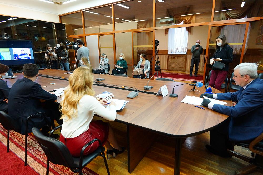 Реальный итог. Председатель Заксобрания Челябинской области начал декаду личных приемов