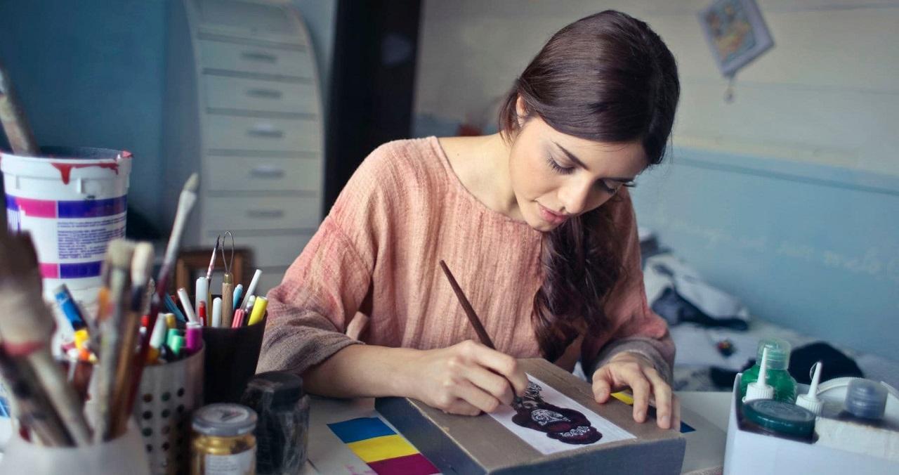 Гороскоп на 12 февраля. День эмоций и креативных решений