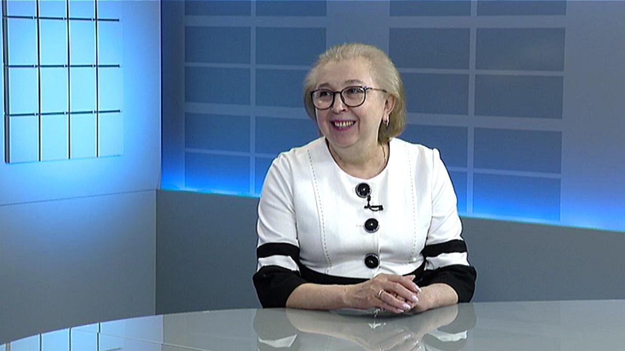 """Елена Коузова: """"Приемная кампания в 1 класс в Челябинской области начнется с 1 апреля"""""""