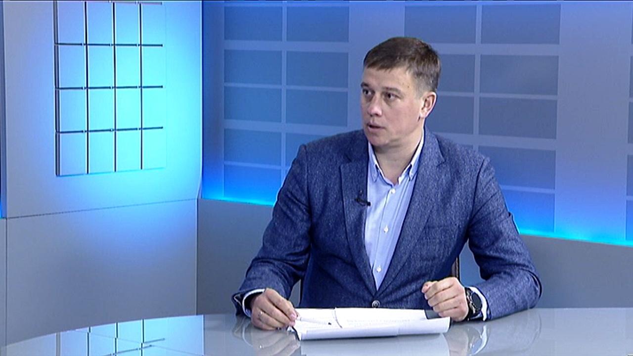 """Виталий Пашин: """"Нужно усилить господдержку студентов медицинских вузов"""""""