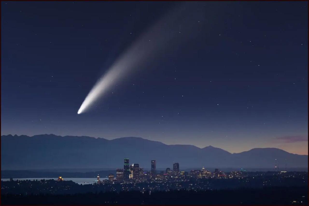 Видно без телескопа: к Земле несется самая яркая комета 2021 года