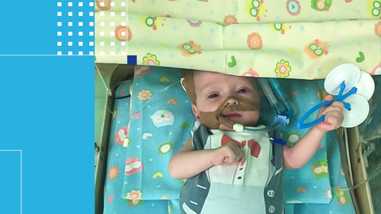 Врачи в Челябинске спасли младенца с огромным сердцем
