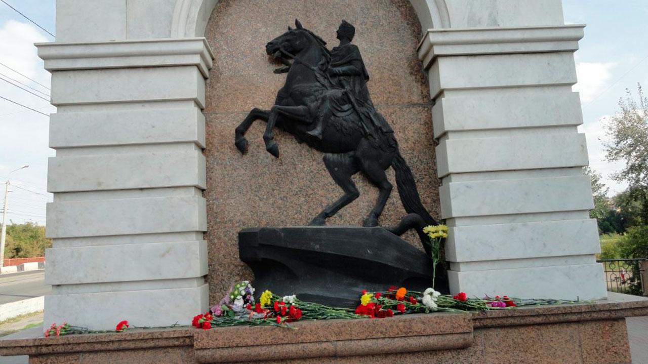 В Челябинске блокадников Ленинграда поздравили с памятной датой