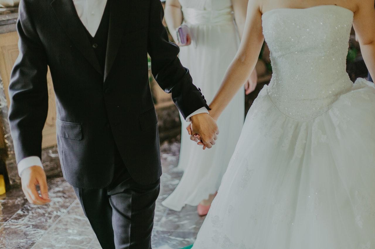 Свадьба каждые 15 минут: дата 21.01.21 вызвала ажиотаж в ЗАГСах Южного Урала